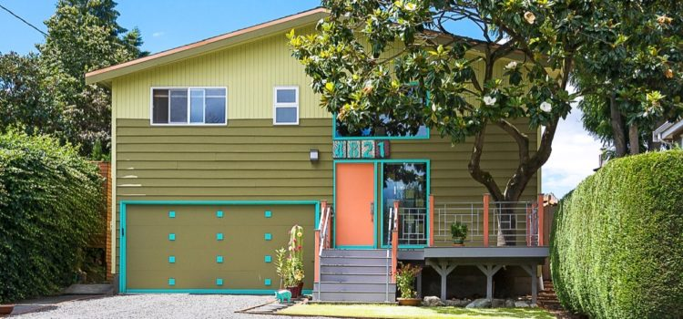 NEW LISTING: This Columbia City Mid-Century Modern Will Make You Smile