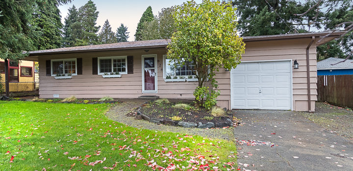 NEW LISTING: Nicely Remodeled 60's Rambler in Burien