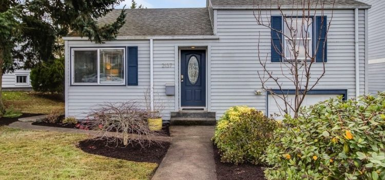 NEW LISTING: Charming Remodel on North Beacon Hill