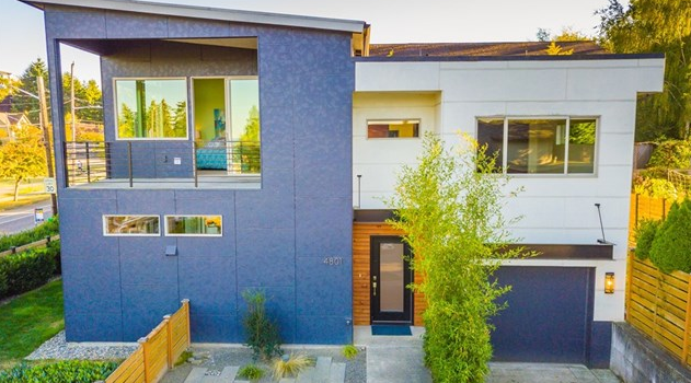 SOLD: Stunning Modern Home in the Heart of Seward Park